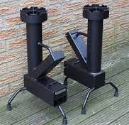 rocket stove and grill Rocket Heater, Rocket Stoves, Rocket Stove Design, Outdoor Cooking Stove, Dishwasher Soap, Stove Fireplace, Wood Burner, Camping Stove, Barbecue Grill