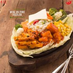 #WokonFire is one of the most #profitable #brands in #food and #beverage #industry. Looking for #franchise in f&b then #WokonFire is the brand for you. For details reach us at our hotline number 97178-99733 or mail us at info@franchisezing.com