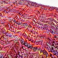 Ravelry: Upwards pattern by Lisa Hannes