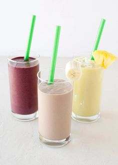 Breakfast Smoothies:: Pina Colada Smoothie: 1 cup Almond Breeze cup diced mango cup pineapple of an avocado frozen banana 2 Tablespoons flaked coconut Breakfast Smoothies, Healthy Smoothies, Healthy Drinks, Healthy Snacks, Low Calorie Smoothie Recipes, Breakfast Healthy, Health Breakfast, Breakfast Recipes, Juice Smoothie
