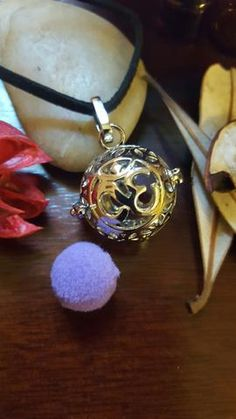 Yoga Om Locket / Necklace - Essential Oil Aromatherapy Diffuser The Om symbol means inner peace and balance. Aromatherapy Necklace Never leave home without yo Locket Necklace, Washer Necklace, Om Symbol, Aromatherapy, Costume Jewelry, Essential Oils, Charmed, Bracelets, Vintage