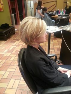 cheap haircuts st louis 16 best kirsten prout images kirsten prout amanda 3069 | 642cb7e7b47c65a8ffb0cc6d797ad8ae stacked haircuts short haircuts
