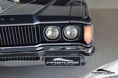 Ford Galaxie Landau 1980 . Pastore Car Collection              Ford Galaxie Landau 1980/1980 na cor Azul Clássico Metálico. Veículo em ótimo estado! As peças do motor vieram todas dos EUA, foi feito novo! Câmbio também é novo! Pintura 80% Original, Interior Original. Exemplar com perfeito funcionamento! Possui certificado de Automóvel Antigo de Coleção (Placa Preta).  Motor 5.0 V8 (4.949cm³ / 302pol³) de 199HP de potência e 39.8kgfm de torque.  1980 - AS OPÇÕES DIMINUEM Agora somen...