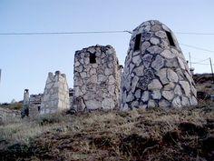 Zarceras de bodegas en Baltanás. Palencia. Arlanza.