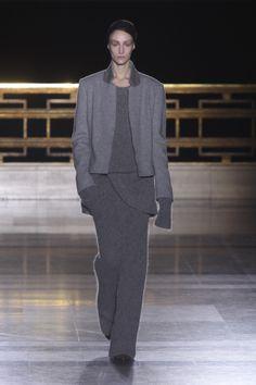 Jeseň / zima 2014 módne na Paris Fashion Week: desiata Essential Looks | Metro UK