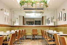 mildreds-soho-restaurant-vegetarian-vegan-salad-interior.jpg (900×617)