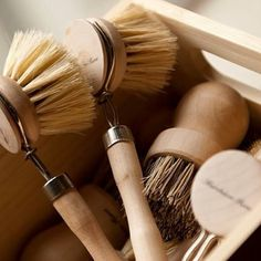 The perfect Home Chef essentials. Our Natural Bristle and Pot Brush. Also comes with a replacement head. Clean is beautiful.