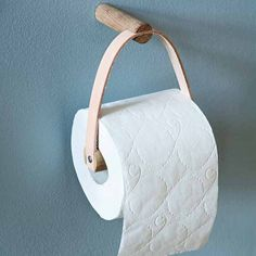 BY WIRTH Toilet Paper Holder Leather + Oak