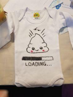 MoonWorks/® Baby T-Shirt Kurzarm Babyshirt Windel l/ädt Bitte warten Spruch lustig Jungen M/ädchen Shirt