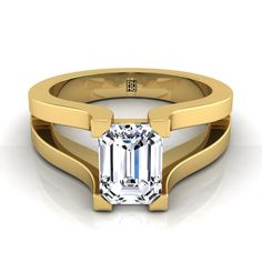 Emerald Cut Diamond Solitaire With Split Shank In 14k Yellow Gold