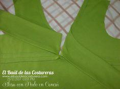 Blusa con nudo en canesú Dress Sewing Patterns, Clothing Patterns, Sewing Hacks, Sewing Tutorials, Pattern Making, Patterned Shorts, Charts, Knitting, Fabric