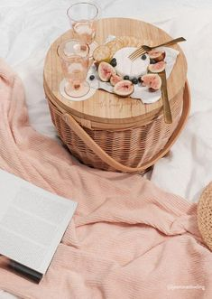 Our Picnic Basket and Luxe Bath Sheet styled by can find Picnic baskets and more on our website.Our Picnic Basket and Luxe Bath Sheet styled by Beach Picnic, Summer Picnic, Fall Picnic, Summer Rain, Summer Beach, The Beach People, We The People, Sgraffito, Comida Picnic