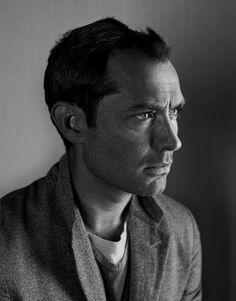 Jude Law en portada de Esquire Ucrania Octubre 2014