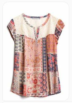 Stitch Fix – Haut inspiré par Holly Hobby – Wardrobe Wonders Stitch Fix – Top inspired by Holly Hobby – Wardrobe Wonders Stitch Fix Outfits, Sewing Blouses, Blouse Models, New Blouse Designs, Blouse Dress, Blouse Patterns, Blouse Styles, Stylish Dresses, Boho Outfits