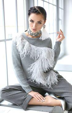 Sweather with feather | Купить Джемпер , декорированный перьями - fashion, серый, перья, новогодняя вечеринка, что надеть на новый год