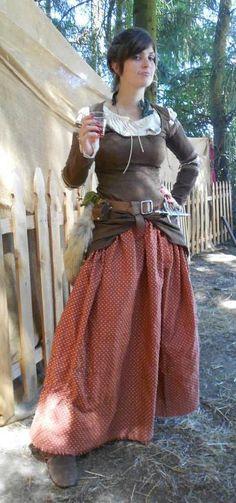 Renaissance faire costume w/ dragon