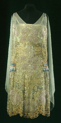 Slip dress by Maison Agnès, 1920-30, at the Musée Galliera