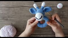 Amigurumi Zürafa Çıngırak – Part 1 - Baby Clothing Crochet Penguin, Crochet Bunny, Love Crochet, Crochet For Kids, Crochet Dolls, Crochet Blanket Patterns, Amigurumi Patterns, Amigurumi Doll, Crochet Game