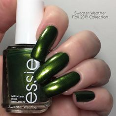 This is Sweater Weather from Essie - Sweater Weather - Fall 2019 Collection (1/6) - shimmer - opaque in 2 coats (depending on your application) - it stamps well on a light background and is visible on a dark background - looks very good with matte top coat and I love this polish - gorgeous color, great formula.