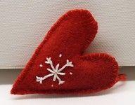 felt heart w/snowflake