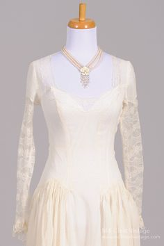 1940s Dotted Swiss Lace Vintage Wedding Gown : Mill Crest Vintage