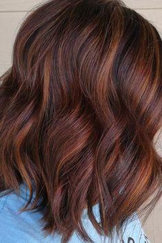 Brown Auburn Hair, Honey Brown Hair, Bob Hair Color, Ginger Hair Color, Auburn Balayage, Dark Hair With Highlights, Short Brown Hair, Burgundy Hair, Brunette Hair