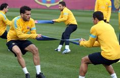 DANIEL ALVES & ADRIANO EXCENTRIC FORCES
