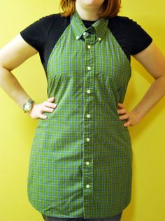 Gabriel's Good Tidings: Men's Dress Shirt Repurposed to Apron Tutorial (my mom has some of grandpa's old shirts. Men's Shirt Apron, Shirt Dress, Bib Apron, Apron Dress, Sewing Hacks, Sewing Projects, Craft Projects, Sewing Tips, School Projects