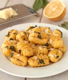 Browned Butter and Sage Lemon Gnocchi | texanerin.com