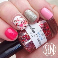 Valentine's Day nails from sweeteverydaymusings