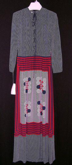 1960 to 65 James Galanos Evening dress Metropolitan Museum of Art, NY See more museum vintage dresses at http://www.vintagefashionandart.com/dresses