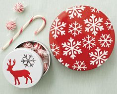 DIY Holiday tins with stencils and paint from #marthastewartcrafts