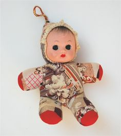 1970s Childhood, My Childhood Memories, Sweet Memories, Antique Dolls, Vintage Dolls, Plastic Doll, Vintage Nursery, Happy Colors, Old Toys