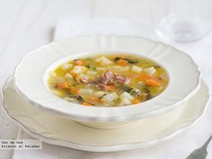 Receta de sopa huertana  http://www.directoalpaladar.com/recetas-de-sopas-y-cremas/receta-de-sopa-huertana
