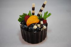 Kane Candy Shoppe offers premium chocolates, party candies & more! Easy Chocolate Desserts, Quick Easy Desserts, Chocolate Party, I Love Chocolate, Chocolate Cups, Chocolate Lovers, Chocolate Shells, Party Desserts, Mini Desserts