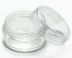 Elufly 5 Gram Empty Clear Plastic Cosmetic Containers Bottles Pack of Homemade Lip Balm, Diy Lip Balm, Homemade Beauty, Homemade Products, Essential Oil Supplies, Essential Oil Uses, The Body Shop, Diy Peeling, Lip Balm Recipes