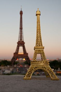 Souvenir #Eiffel Tower by Quadriman on Flickr.