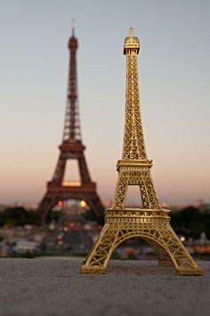 Souvenir Eiffel tower by Quadriman on Flickr.
