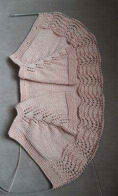 Baby Knitting, Crochet Baby, Crochet Bikini, Knit Crochet, Box Patterns, Quilt Patterns, Twin Quilt Size, White Chalk, Baby Cardigan