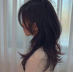 Haircuts Straight Hair, Haircuts For Medium Hair, Medium Hair Cuts, Medium Hair Styles, Long Hair Styles, Mullet Hairstyle, Asian Short Hair, Shot Hair Styles, Cool Hair Color