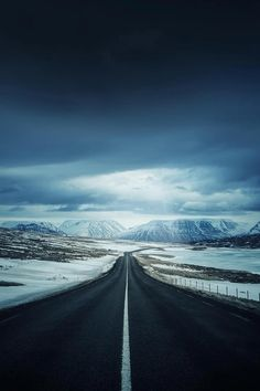 Road to Iceland| byDominic Kamp