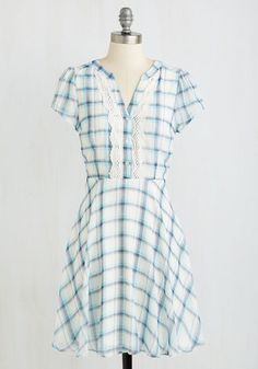 Takes Two to Banjo Dress From the Plus Size Fashion Community at www.VintageandCurvy.com