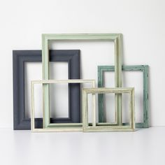 Take any plain frame and transform it into something special with these instructions and some paint.