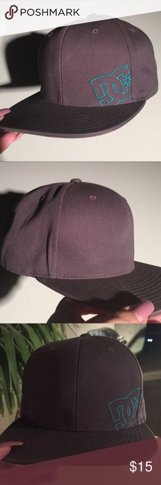 Like new condition! Men's DC SnapBack hat. Like new condition! Men's gray and blue, DC SnapBack hat. DC Accessories Hats