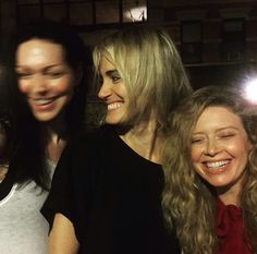 Laura Prepon, Taylor Schilling & Natasha Lyonne