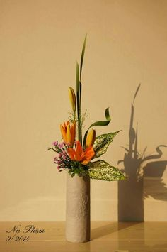 Flower Arrangement Designs, Ikebana Flower Arrangement, Ikebana Arrangements, Floral Arrangements, Summer Flowers, Fresh Flowers, Corporate Flowers, Floral Designs, Flower Decorations