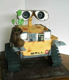 """This Wall-E cake is wonderful!  Click through to """"Sunday Sweets: Robot Rock"""" to see more great cakes, including Daleks, K-9, and more!"""