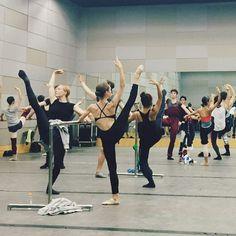 "dancersaretheathletesofgod: "" Picture via Juliet Doherty "" Ballet Class, Dance Class, Dance Studio, Ballet Dancers, Ballerinas, City Ballet, Shall We Dance, Lets Dance, Dance Photos"