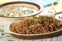 Buckwheat groats with mushrooms. Buckwheat groats with forest mushrooms and cut , Ukrainian Recipes, Russian Recipes, Chef's Choice, Vegan Recipes, Cooking Recipes, Good Food, Yummy Food, Easy Diets, Healthy Dishes