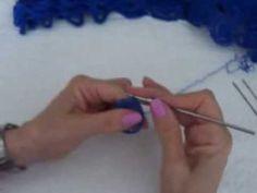 Crochê  no grampo de cabelo em relevo